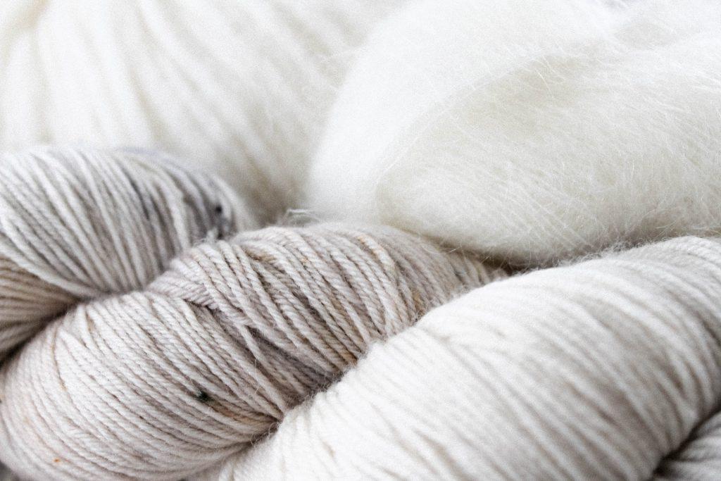Pelote de laine recyclée, matière textile écoresponsable